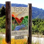 Totos Cafe & Gallery - Golden Bay, NZ